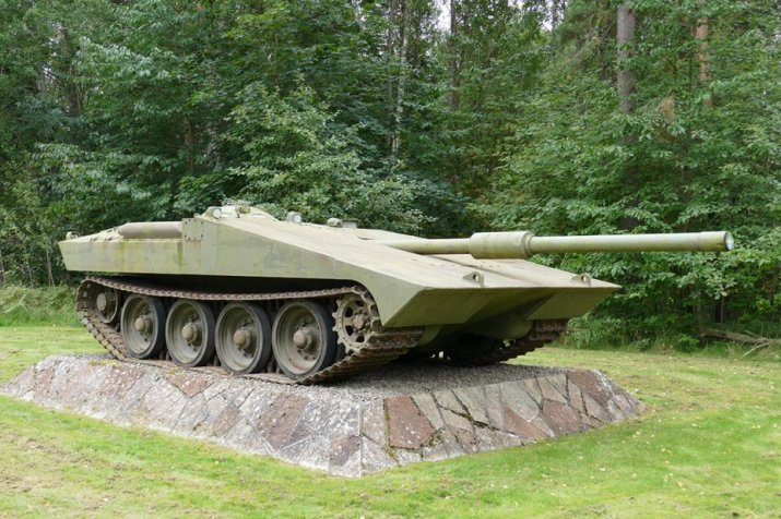 Шведская премиум STRV S1: ПТ-САУ 8 уровня